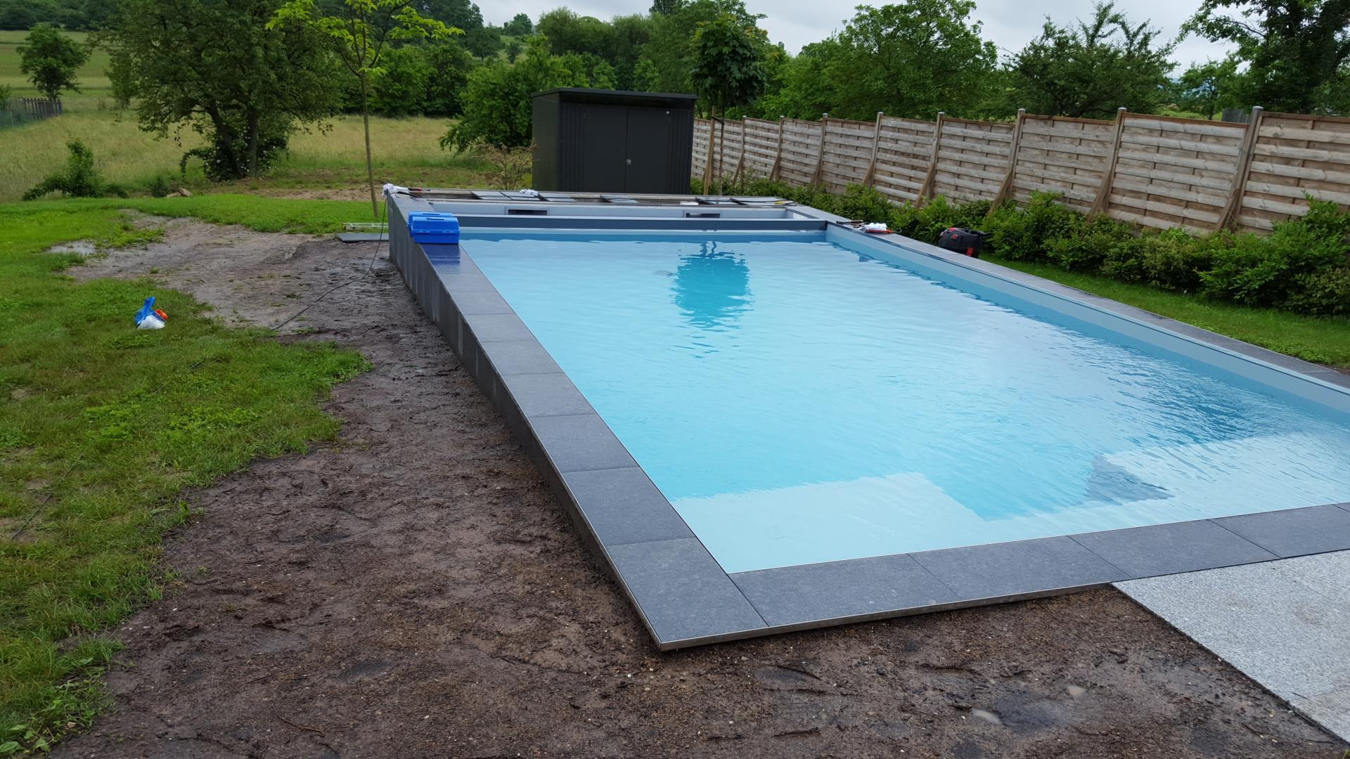 Construction entretien produits et r novation piscine for Entretien de piscine