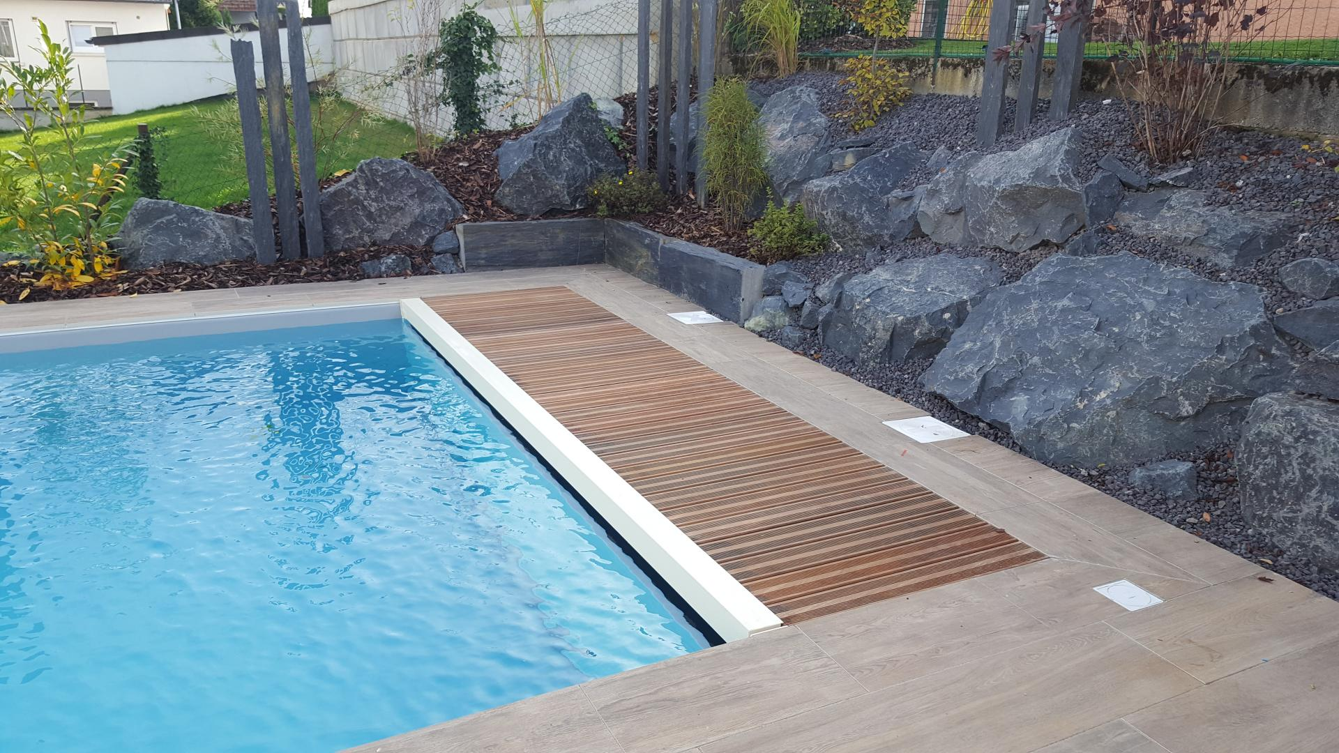 traitement piscine sel good comment passer duun. Black Bedroom Furniture Sets. Home Design Ideas