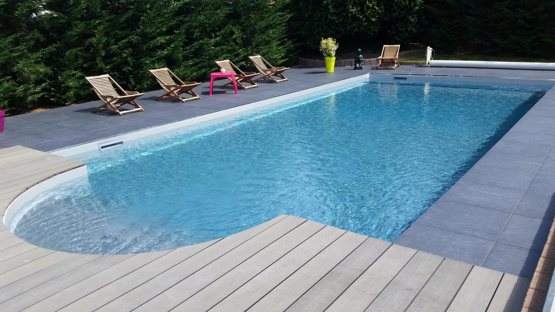 Construction entretien produits et r novation piscine for Construction de piscine 30